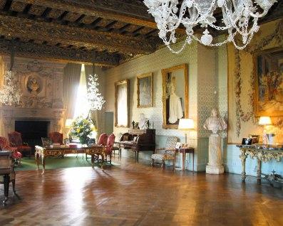 chateau-brissac-visite-salon